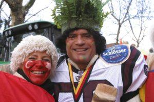 Rosenmontag Düsseldorf 2004 mit Rhein Fire Cheerleader