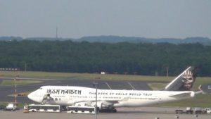 Iron Maiden Jumbo landet in Düsseldorf