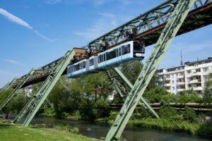 Neue Wagen der Schwebebahn in Wuppertal