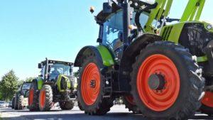 Traktoren im Einsatz zur Bauerndemo Münster – Bauern rollen mit Traktoren zum Protest nach Münster