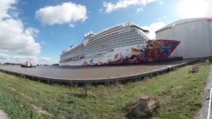 Genting Dream 360 Grad Video – Schiff im Hafenbecken auf der Meyer Werft Papenburg
