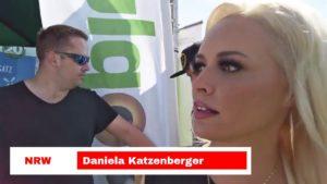 Daniela Katzenberger eröffnet die erste schwimmende Hundewiese